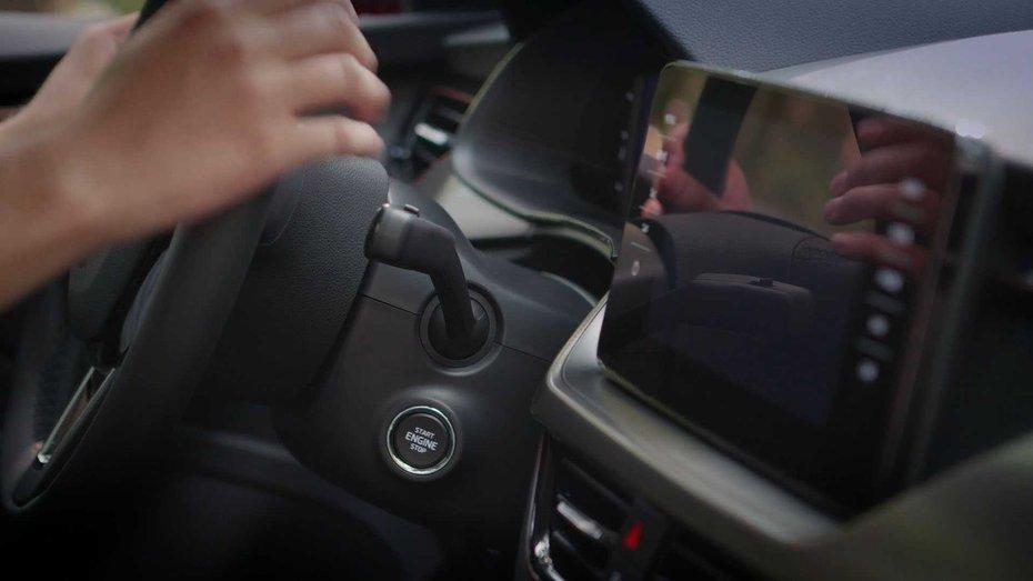 Чехи поселили Лауру в свої автомобілі (відео)