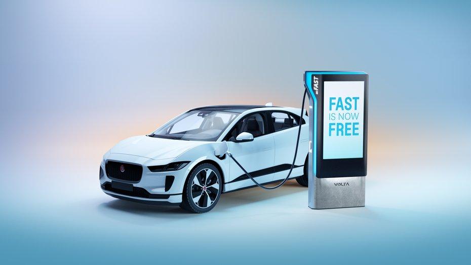 Компанія зі США почала відкривати безкоштовні швидкісні зарядки для електротранспорту