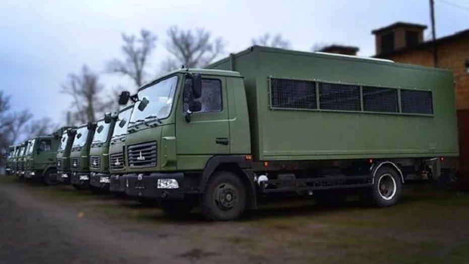 """В Україні випустили автобус для силовиків """"Вахтівка"""""""