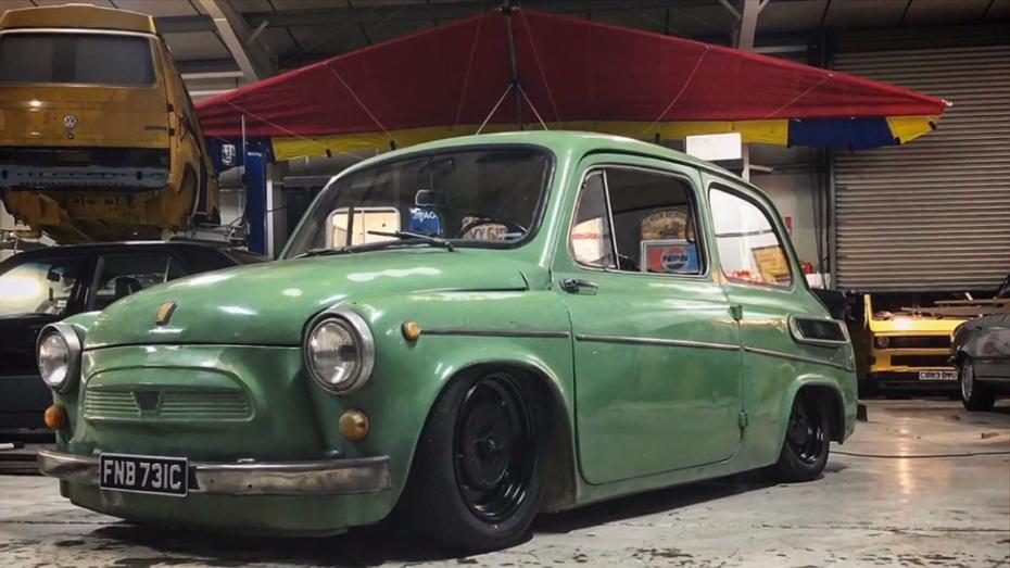 Подивіться, що британські тюнери зробили з ЗАЗ 965А (відео)