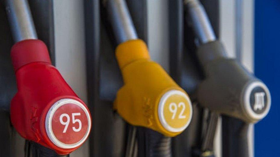 Мережі АЗС підвищують ціни на пальне